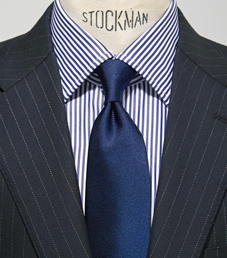 <p><strong>【2柄】<br /> 強さや華やかさを添えたいときに</strong></p> <p>●スーツ:1柄<br /> ●タ イ:0柄<br /> ●シャツ:1柄</p>