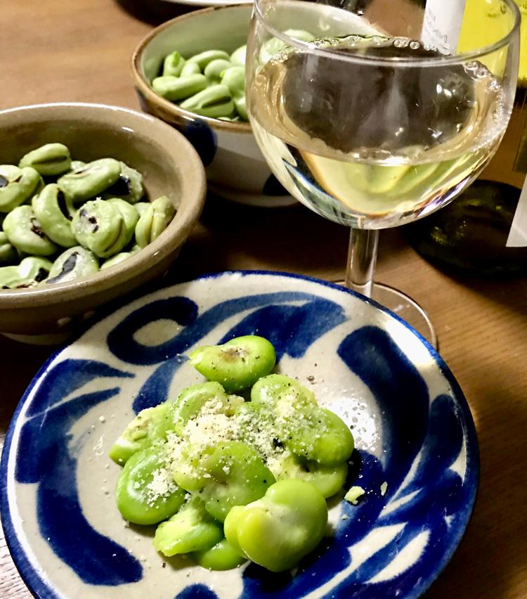 <p>8. こちらには白ワインが相性抜群! ぜひ旬の味をお楽しみあれ。</p>
