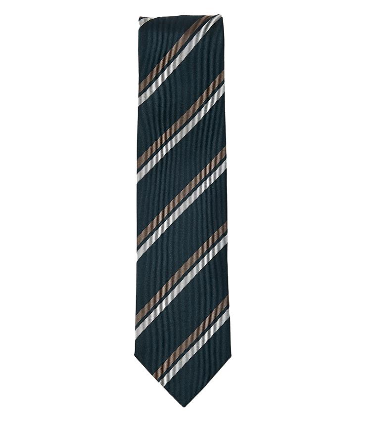 <p><strong>17.ニッキーのストライプタイ</strong><br /> しっかりとしたレップ感のあるジャカード織りのストライプタイ。グリーンベースにブラウンと白のストライプが入った柄行きで、芯地は薄手で軽やかに締めることが出来る。剣幅8cm。1万8700円(ユナイテッドアローズ 六本木ヒルズ店 TEL 03-5772-5501)</p>