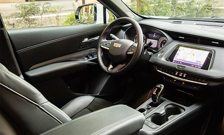<p>ラミネート遮音ガラスを採用し、ノイズ対策も万全。快適な車内空間を実現している。</p>