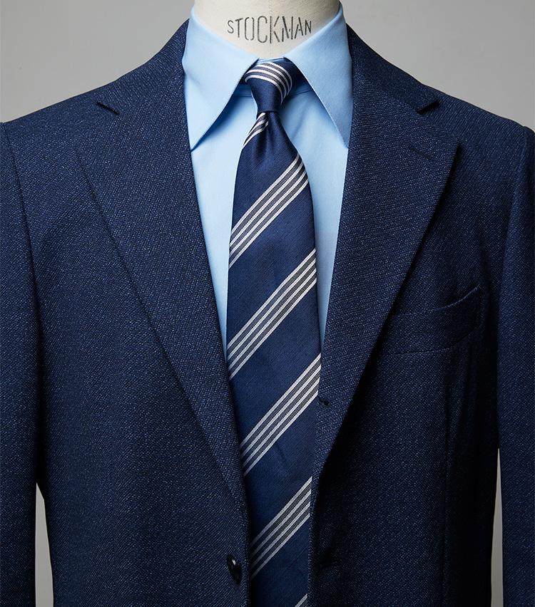 <p><strong>爽やかにしてデキる男も印象付ける</strong><br /> 全てを青で統一するコーデはありがちだが、こちらはバスケット織りのジャケットとタイの素材感がマッチし、涼感満点。お洒落の成熟度も感じさせるコーデだ。ジャケット3万5970円/シップス、シャツ2万7940円/エリコ フォルミコラ(以上シップス 銀座店) ※タイは上の画像[右]と同じ。</p>