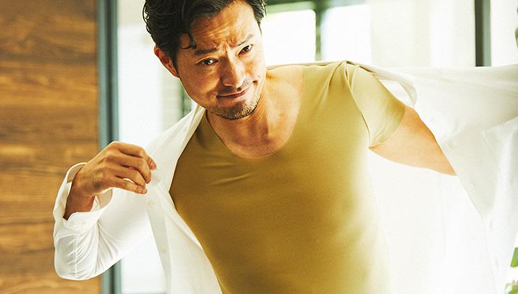蒸し暑い季節、シャツの下には何を着ればいいのか?【人気の定番アンダーウェア4選】
