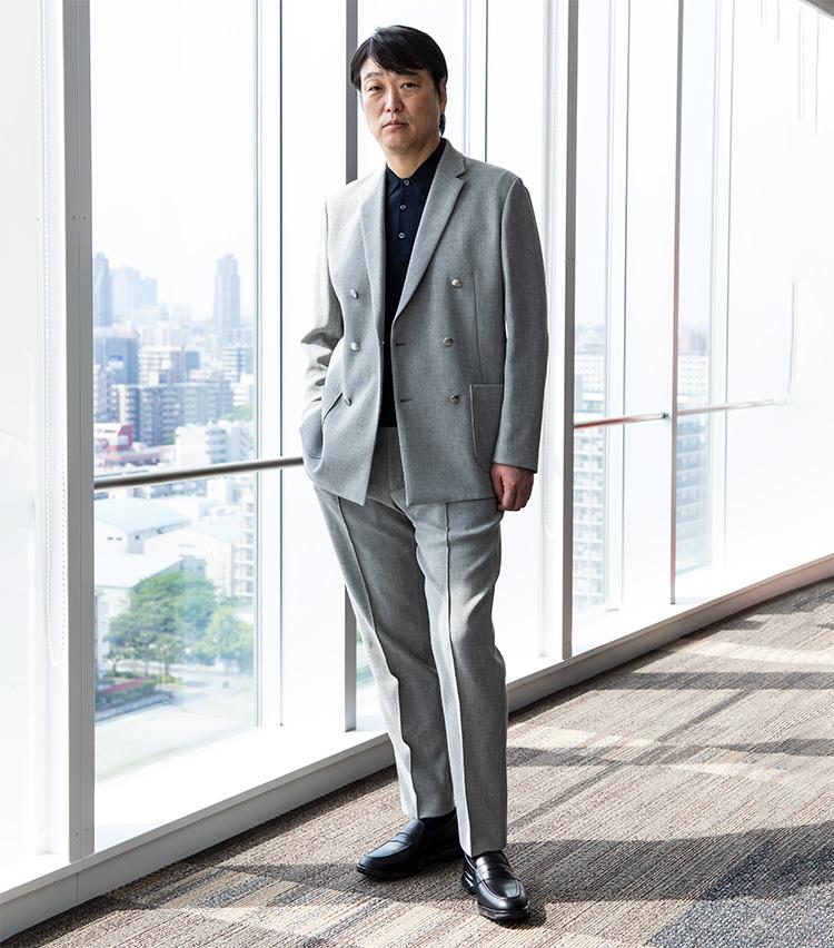新・勝負服_アシックスジャパン 代表取締役社長 小林 淳二さん_スタイル1