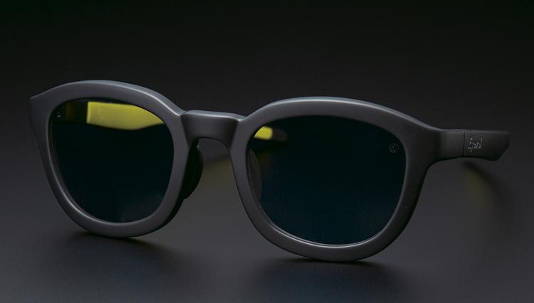 アイヴァンのデザインチームが手掛けた「アイヴォル」の特徴は?【本格眼鏡大全】