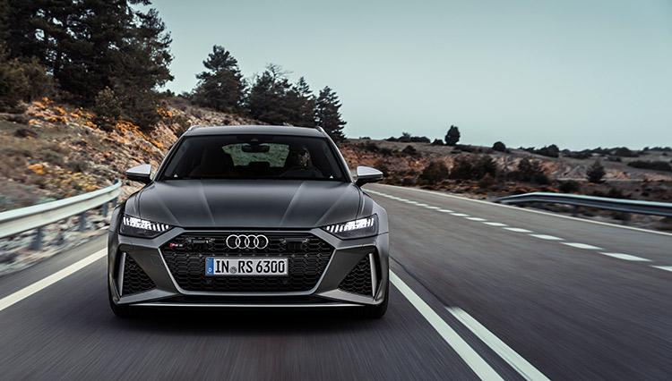 背徳感まで感じさせる超高速ワゴン。4世代目に進化した「アウディ RS6 アバント」に試乗
