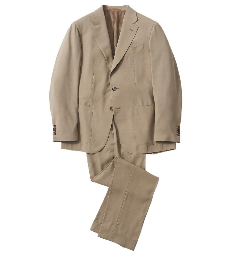 <p><strong>2.カルーゾのウールベージュスーツ</strong><br /> 同ブランドの中でも特に軽い仕立てとなっているモデル「tosca」。ワンプリーツ、ベルトループなしのサイドアジャスターパンツと、クラシックな見た目ながら、非常に軽快に着ることが出来る。クールビズ期の装いにも重宝。17万9300円(シップス 銀座店 TEL 03-3564-5547)</p>