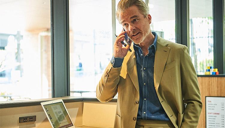 シェアオフィスでリモートワーク、どんな装いが正解?
