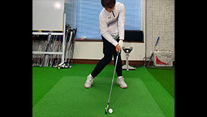 稲見萌寧プロも習った「左に乗って飛ばすスイング」とは?【ゴルフのお悩みQ&A】