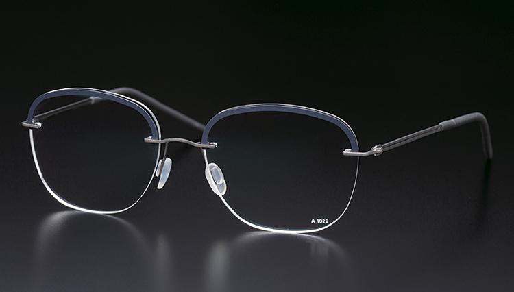 100%ドイツ製メガネフレーム「マルクス T」のミニマルデザイン