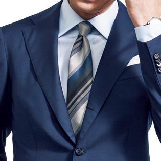 シルクネクタイでスーツのきちんと感を増す【1分で出来る胸元お洒落】