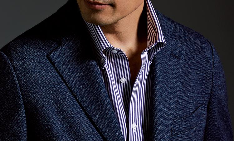 <p><strong>【ジャージーシャツ】なら風合いでこなれ感UP<br /> 着心地もラク</strong><br /> 着心地の良いジャージー素材のシャツは、寛げる風合いで、ノータイの心強い味方に。</p>