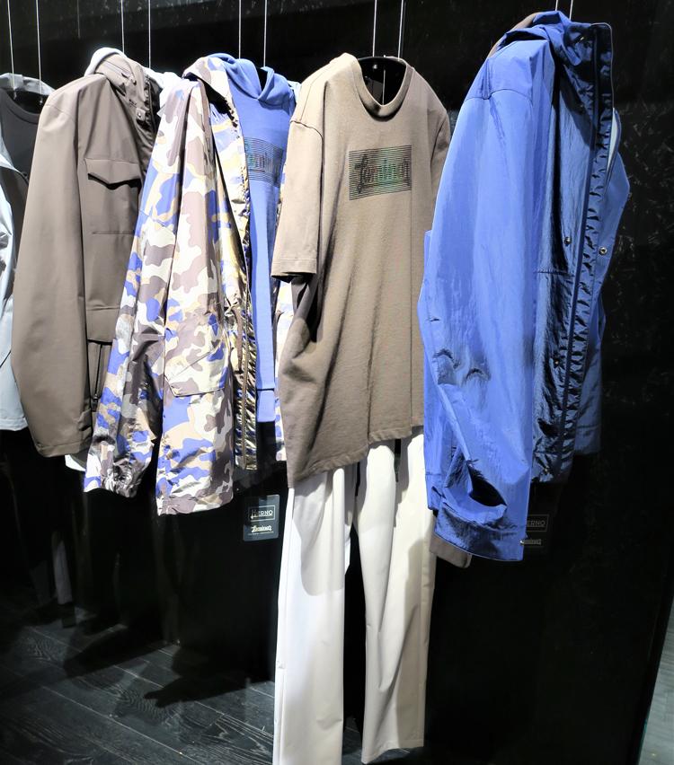 <p>今シーズンはパンツが登場。Tシャツやスエットなどインナー類も充実。</p>