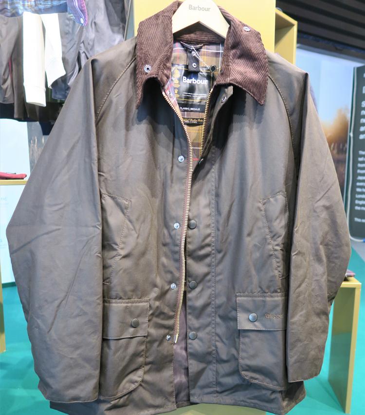 <p>1980年に誕生したブランドの象徴であるオイルジャケット「ビデイル」</p>