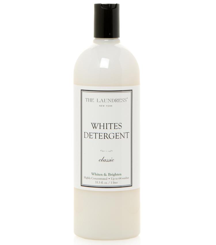 <p><strong>より白くなる洗剤もあり</strong><br /> 白い衣類専用の洗剤も!<br /> <small>ホワイトデタージェント 1L 3850円/ザ・ランドレス(ザ・ランドレス/アントレックス)</small></p>