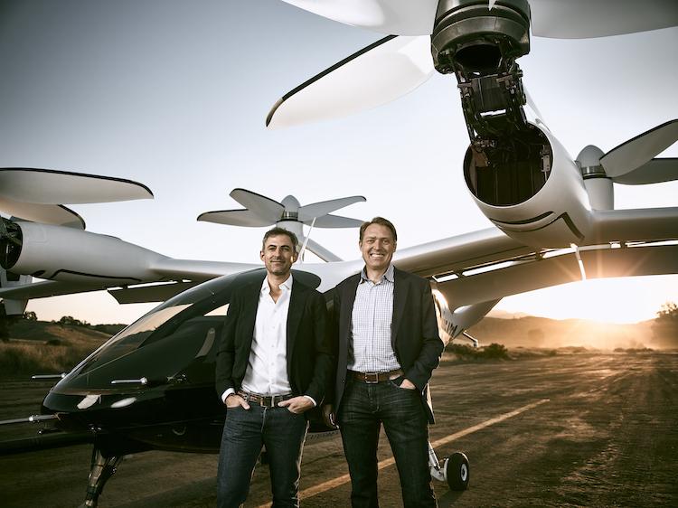 写真(左)はJoby Aviation社の創業者でCEOのJoeBen Bevirt(ジョーゼン・ビバート)氏