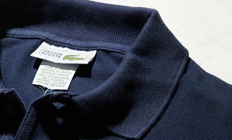 <p><strong>ヨレても美しい襟</strong><br /> 「フレラコは経年変化によって、リブにも縮みやヨレが目立ってきます。普通のシャツならヨレた襟はだらしなく見えるものですが、ラコステのポロはそれが味になるから凄いですよね。洗いざらしで着ても、それが絵になるんです」</p>