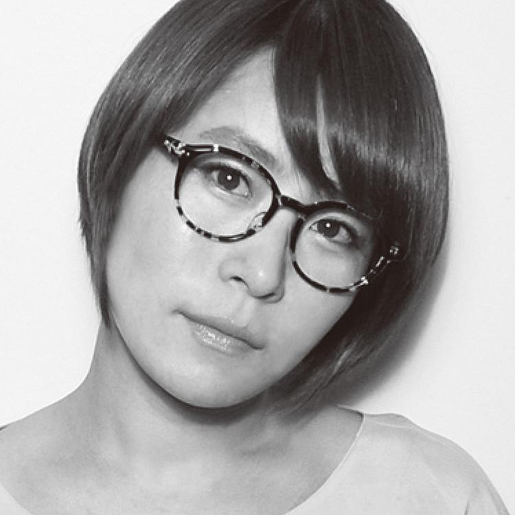 megane and meの注目フレーム_Sayaka Tsukagoshiさん