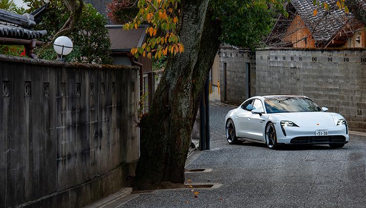 ポルシェが目指す近未来は電気自動車「タイカン」でわかる!