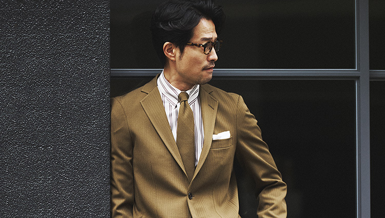 ブルックス ブラザーズの「ネクタイ付きスーツ」とは?