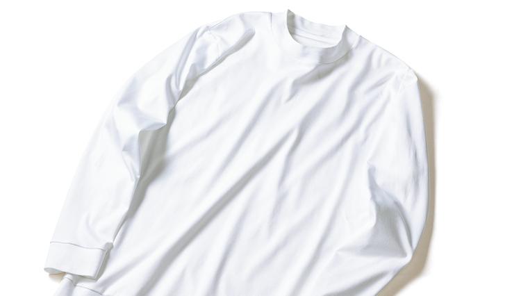 ジャケットの下に着るなら、シャツ同様に「インナー」もオーダーしてみよう