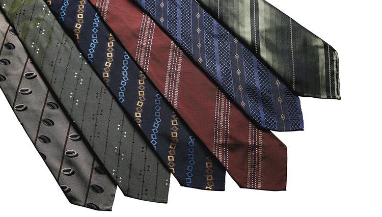「秋冬に1本買うならどれ?」落ち着いたストライプのネクタイが好印象【meSTORE】