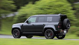 """ランドローバーの人気SUV「ディフェンダー」のディーゼルが""""ストレート6""""な理由"""